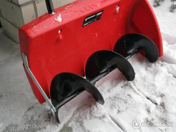 Мини трактора для уборки снега и травы