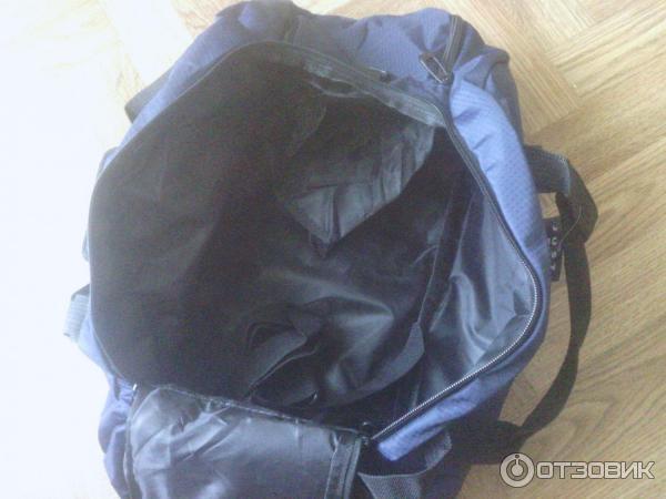 8340bfe5 ... сумку можно носить как рюкзак, в руке, а так же на плече есть плечевой  ремень. Может что то и забыл написать, если что пишите могу еще фото  скинуть, ...