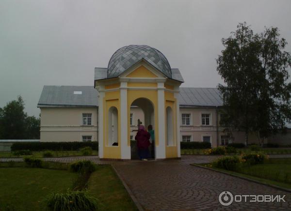 Введено-Оятский женский монастырь