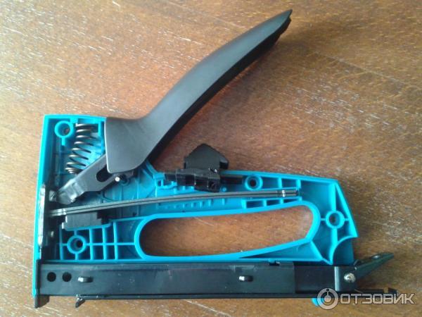 Как сделать мебельный степлер своими руками