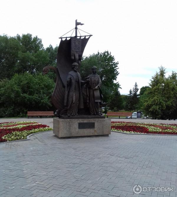 Исторические памятники в екатеринбурге фото и описание цена на памятники минск цены