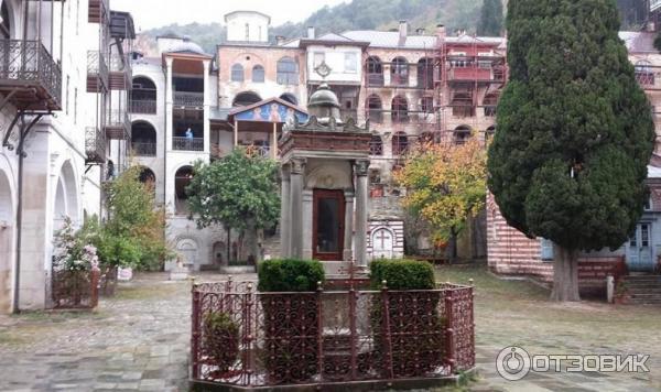Экскурсия в монастырь Зограф (Греция, Афон) фото