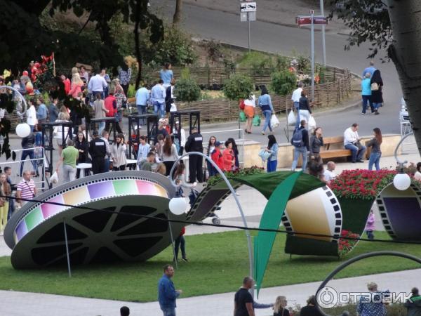 поможет найти фото с выставки воронеж город сад 2016 отметить