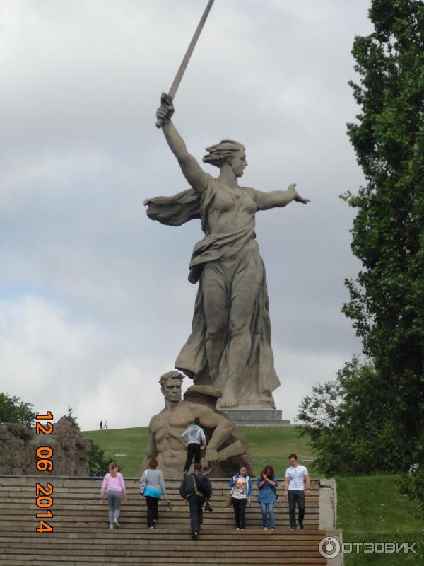 Волгоград памятники сталинградской битвы памятники ростов цены фото цена tмск и мо