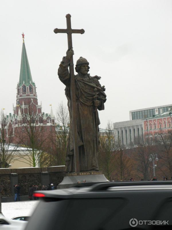 Резные памятники Боровицкая Эконом памятник Арка Вяземский