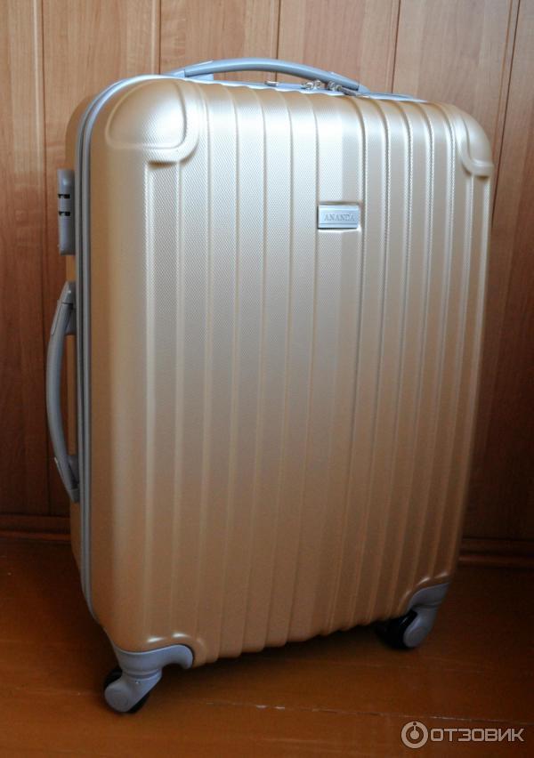 Пластиковые чемоданы ananda чемоданы diamond