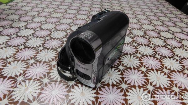 Цифровая видеокамера sony dcr