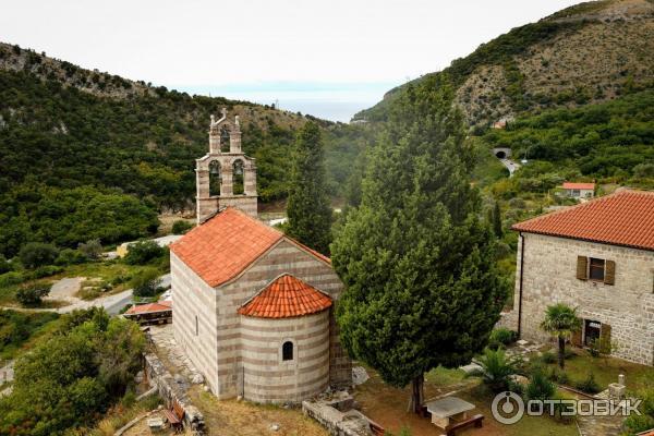 Монастырь Градиште (Черногория, Петровац) фото