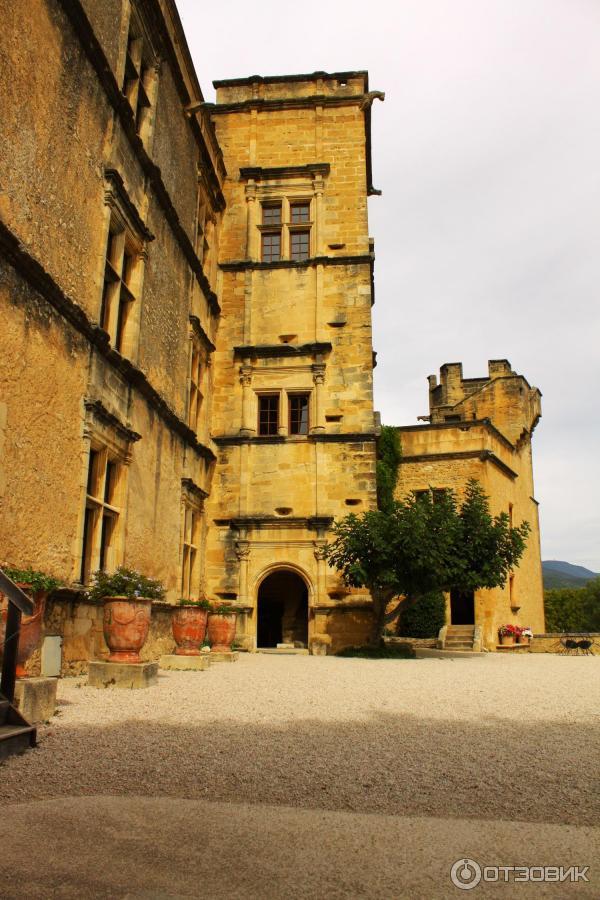 Экскурсия по замку