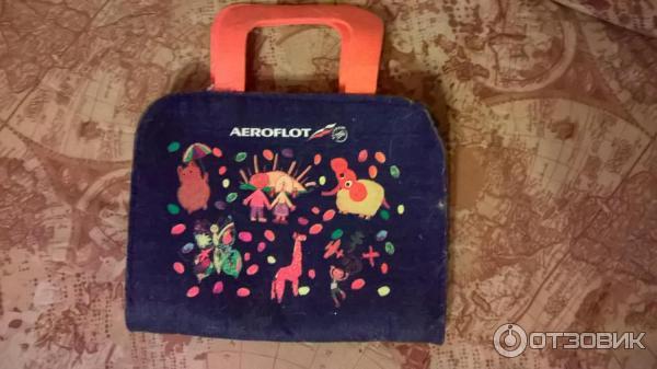 Дарит ли аэрофлот детям подарки 8