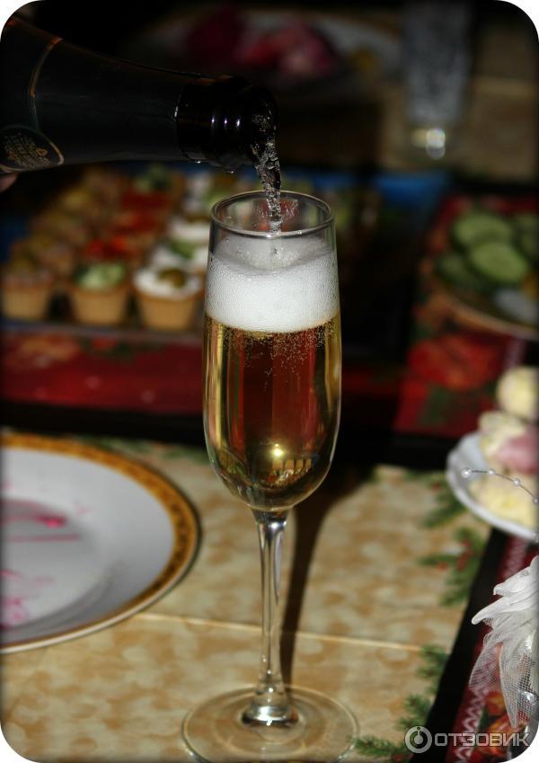 каждого фото шампанского с телефона снятое фото документы этом