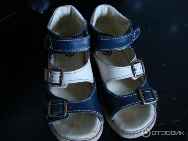 Очень мне понравился фасон и расцветка, вполне симпатичные для  ортопедической обуви. Сандалии мой ребенок носит уже 3 недели и пока  нареканий нет. edb12048d1e