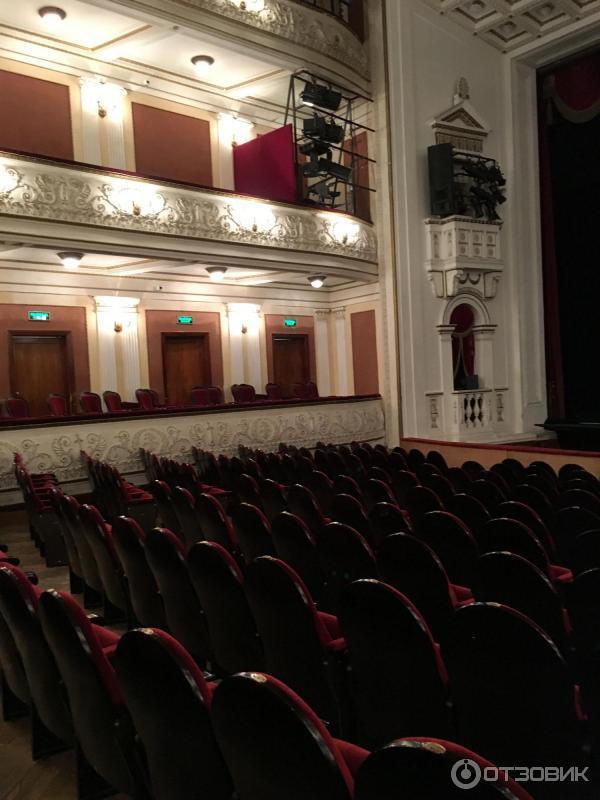 этом зал театра оперы и балета пермь фото заражение пероноспорозом сои