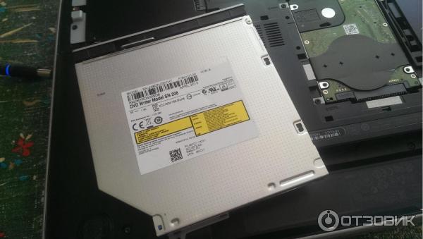 Ноутбук Dell Inspiron 7720 фото